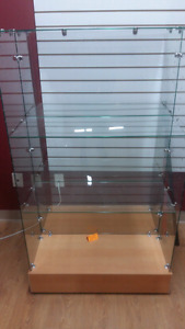 Excellent condition double sided glass shelf