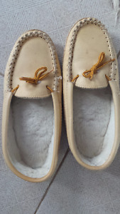 All leather comfy size 10 mens slipper/shoes