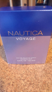 Parfum Nautica voyage NEUF