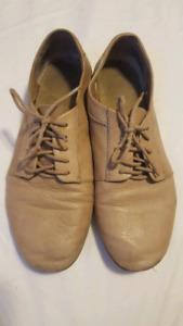 GAP leather shoes - women's size 10