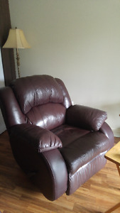 "Rocker Recliner and matching ""Love Seat"" Recliner couch"