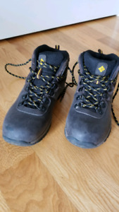 Columbia Winter Boots youth size 5