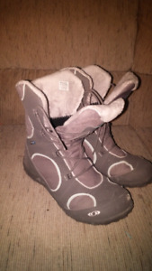 Salomon womens winter boots