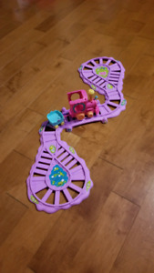 Purple littele traine for girls with battery