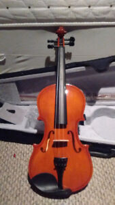 New Gorgeous 4/4 Violin $145!!! NEW!!! - $145 (PORT COQUITLAM)