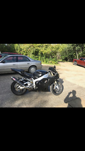2002 R1 sell or trade