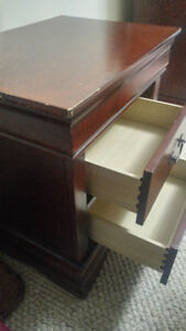 Bedroom Set - Bed (queen) , Mattress, Night Stands + Dresser