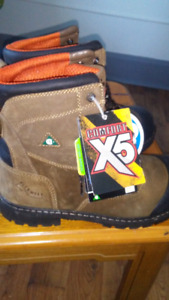 Size 11 Workload steel toe boots