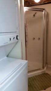 Clean and Quite home away from home rooms available Moose Jaw Regina Area image 4