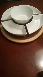 5 piece Serving dish on turn stand