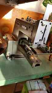 Brother - Button hole machine - Industrial Cambridge Kitchener Area image 3