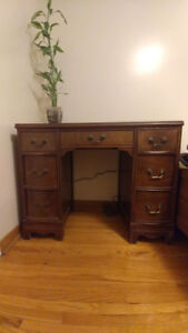 Solid wood desk/table with 7 drawers