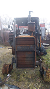 Parting out Massey Ferguson 2675tractor