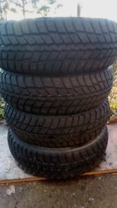195/65R15 used winter tire for sale