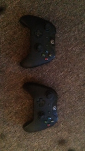 2 Xbox one Controller's