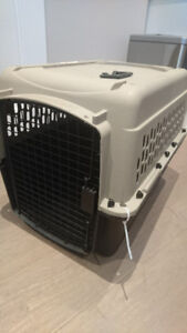 Dog puppy crate 21.5 x 20.5 x 28