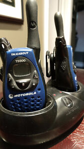 LOWERED PRICE ON  A SET OF MOTOROLA FRS TALKIES!!!