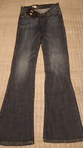 NWT   Rock and Republic  Jeans