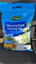 Westland houseplant potting mix 8L compost