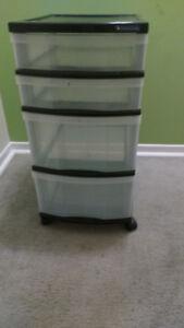 Rangement 4 tiroirs en plastique