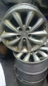 Hyundai Alloy Wheels - Azera 2008 - Perfect Condition