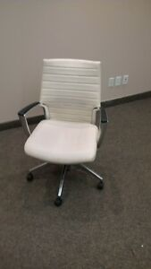 10 Great Office Chairs - Pick Up ASAP (Flexible Price) Kitchener / Waterloo Kitchener Area image 1