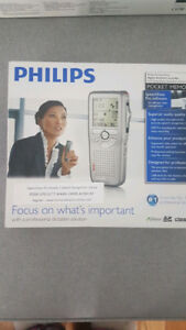BNIB Philips Digital Voice Dictation Recorder LFH9600 Series