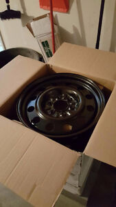 New 4 Rims 18 inches black for suv, 4 jantes 18 pouces noir vus