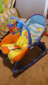 Baby rocking chair – Very Clean – Excellent condition!!