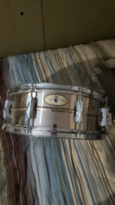 Snare pearl en stainless