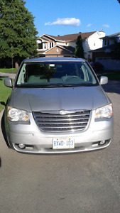 2010 Chrysler Town & Country - As is