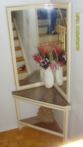 CORNER TABLE WITH SMOKED GLASS AND DOUBLE MIRROR $60