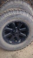 305/65r18 6 bolt Chevy rims brand new