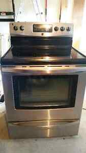 Stainless steel Kenmore electric smooth top oven/range for sale