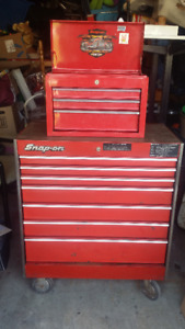 Snap On Roller Cabinet & Accessory top box loaded with tools