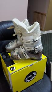 Rossignol Vita 24.5 Ski Boots
