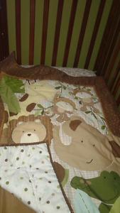Ensemble de meuble en bois pour bébé