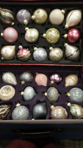 *NEW IN BOX* 28 High-End Christmas Ornaments (reg $280)