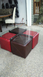 Glass coffee table with 4 foot stools