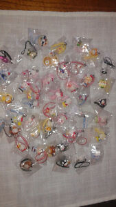 WHOLESALE LOT! HELLO KITTY CELL/TABLET CASE CHARMS and PLUGS West Island Greater Montréal image 5