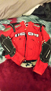 ICON SZ SMALL MOTORCYCLE JACKET VERY NICE