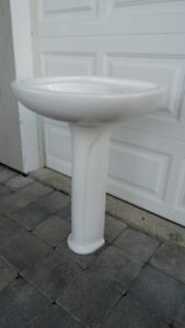 Pedestal Sinks and Faucets - Various Models