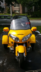 2001 gold wing and trike kit