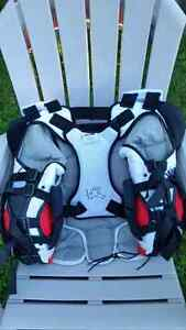 Vaughan Epic  Chest protector Windsor Region Ontario image 2