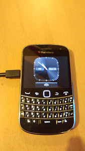Blackberry Bold working a like a charm! (Used to be with Bell)