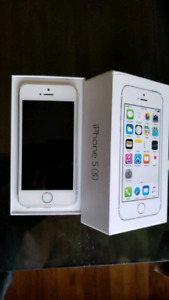 Unlocked iphone 5s 16gb silver great condition