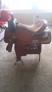 West Coast 16.5in Western Saddle