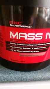 Protein Powder - GNC Mass IV (Mass Gainer) Peterborough Peterborough Area image 2