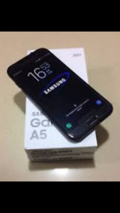 Used Samsung A5 32g - $230 OBO