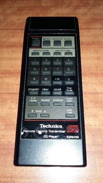 VERY NEW CONDITION OF VINTAGE TECHNICS EUR64766 REMOTE CONTROL.